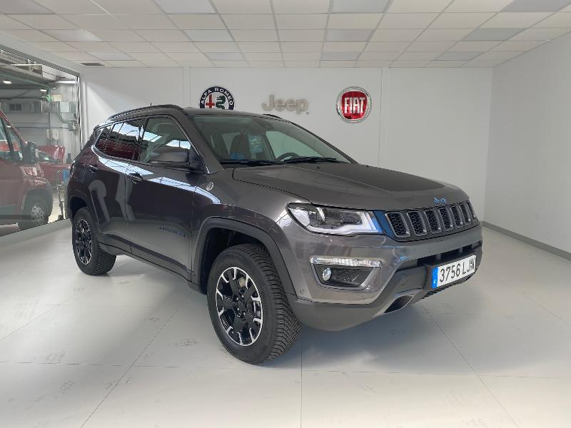 Coche de ocasión jeep compass 1.3 phev 177kw 240cv trailhawk at awd